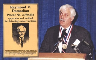 Raymond Damadian at his induction into the National Inventors Hall of Fame
